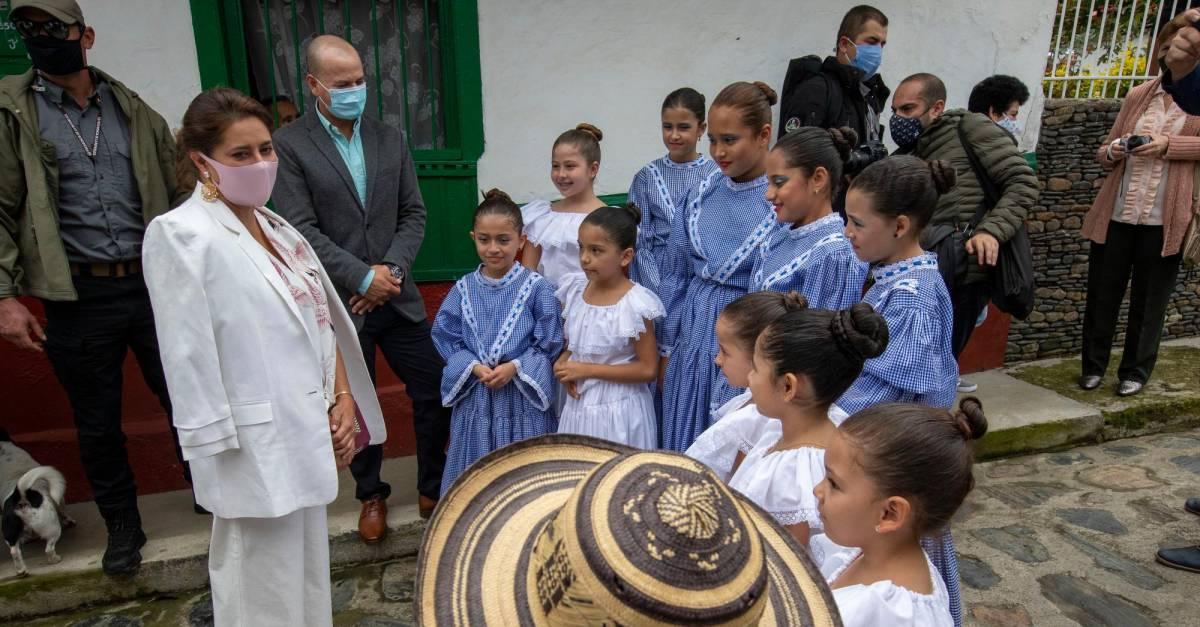 """""""A Colombia hay que protegerla entre todos"""": mensaje de Primera Dama en Día de la Madre"""