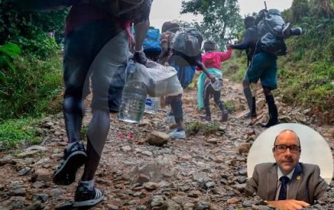Defensoría de Panamá propone militarizar para frenar migrantes