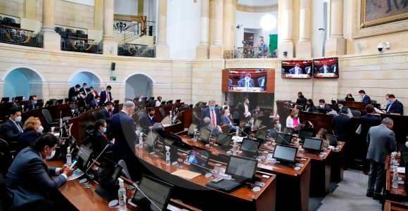 Gobierno de Venezuela se reunirá con senadores de Colombia