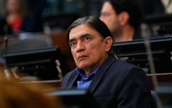 Por trinos, Corte abre indagación contra senador Gustavo Bolívar
