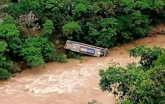 Heridos en accidente de bus en La Pintada