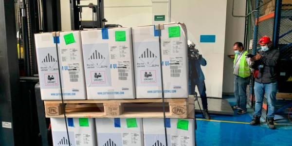 Más de 500.000 vacunas de Pfizer llegaron a Colombia