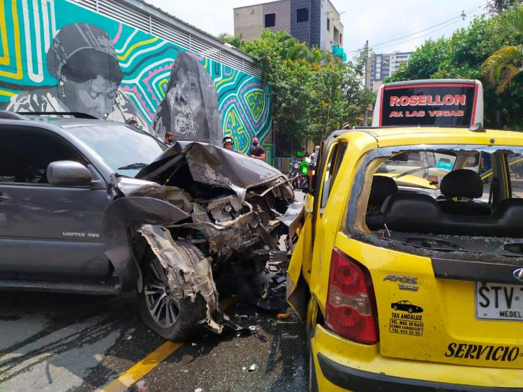 Cinco carros resultaron implicados en el accidente. Foto: Cortesía