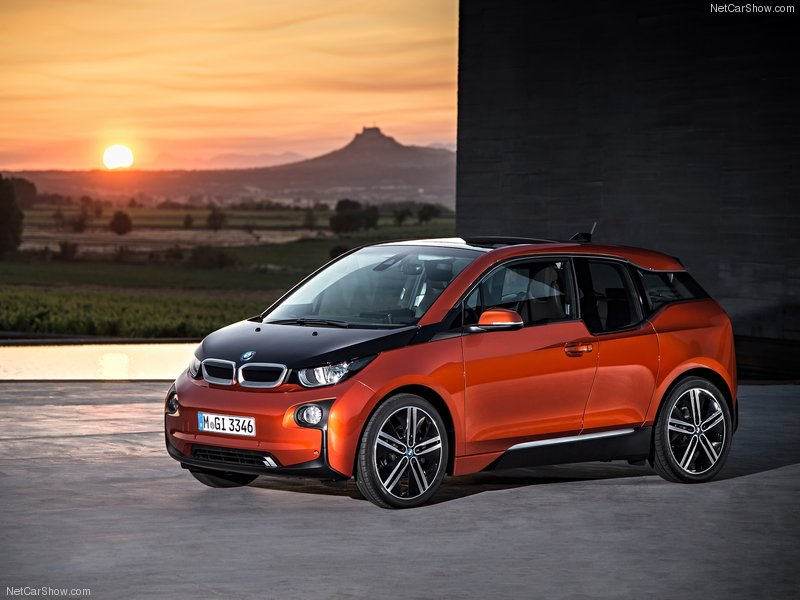 BMW-i3_2014_800x600_wallpaper_08