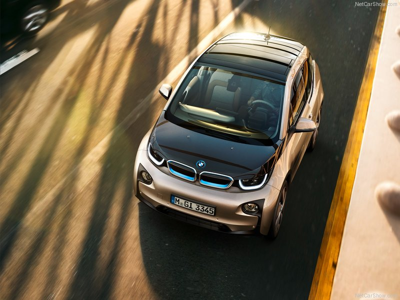 BMW-i3_2014_800x600_wallpaper_16