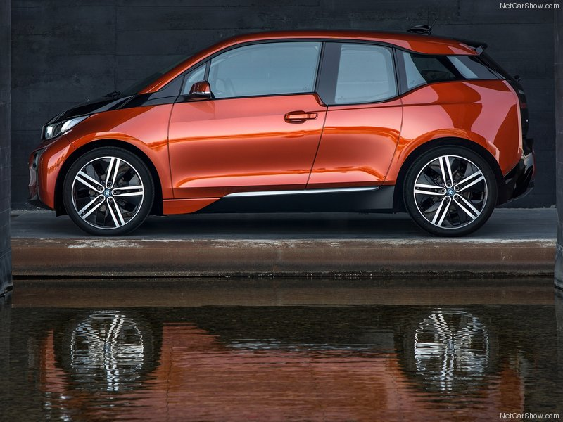 BMW-i3_2014_800x600_wallpaper_46