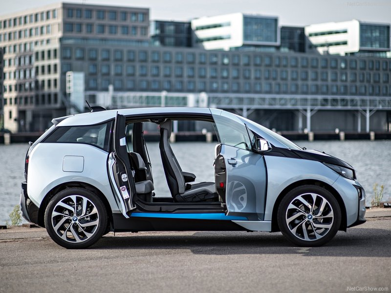 BMW-i3_2014_800x600_wallpaper_4f