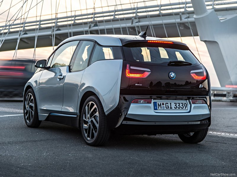 BMW-i3_2014_800x600_wallpaper_53