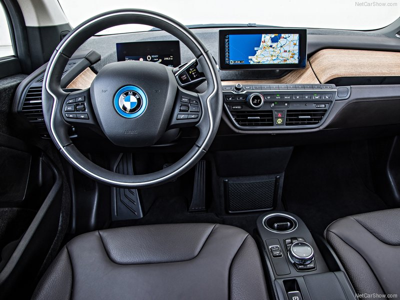 BMW-i3_2014_800x600_wallpaper_7e