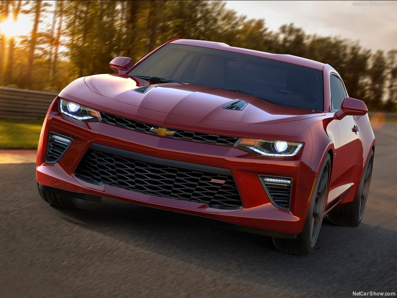 Chevrolet-Camaro_2016_800x600_wallpaper_03