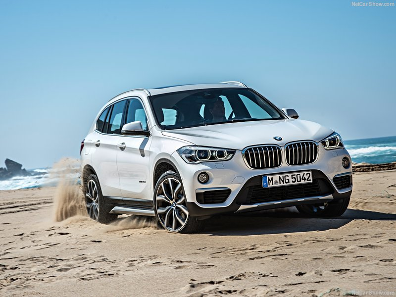 BMW-X1_2016_800x600_wallpaper_01
