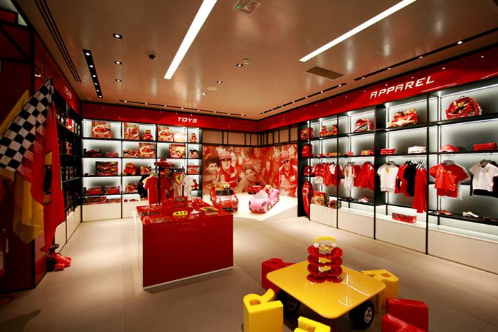 Ferrari-store-by-Iosa-Ghini-Associati-Maranello-Italy-03