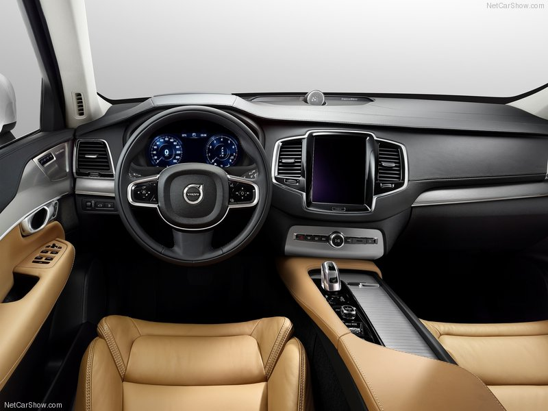 Volvo-XC90_2015_800x600_wallpaper_65