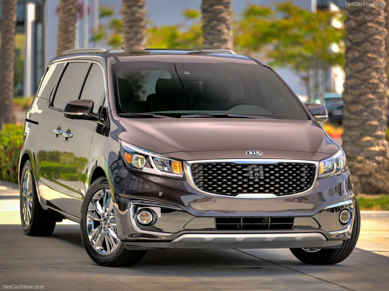 Kia-Sedona_2015_800x600_wallpaper_02
