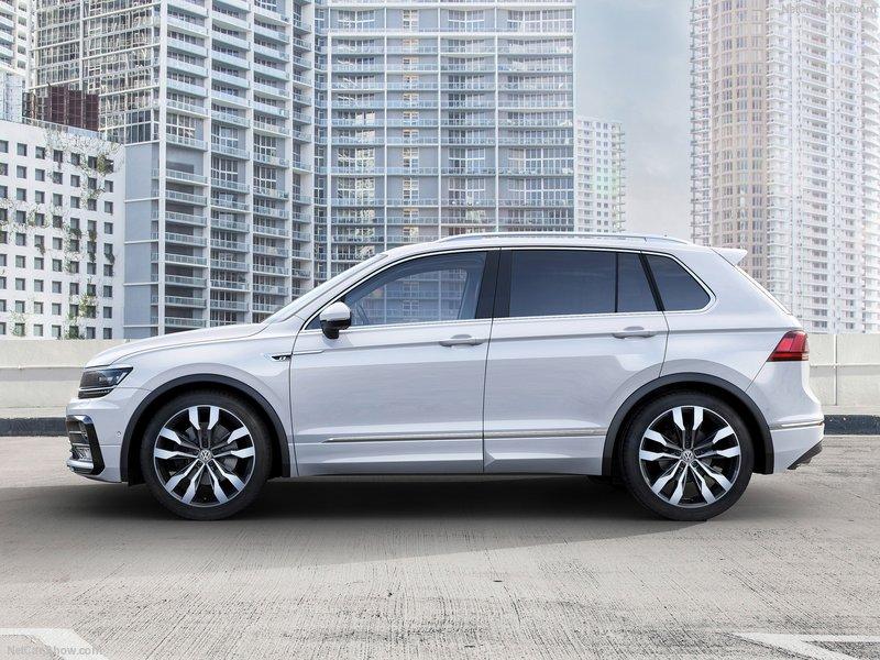 Volkswagen-Tiguan_2017_800x600_wallpaper_07