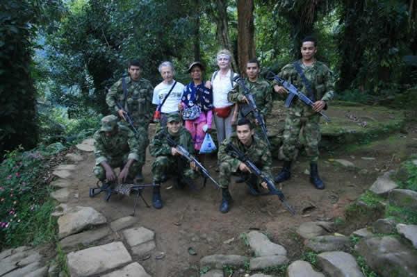 Los soldados de mi patria, gracias a quienes podemos recorrer los caminos de este país maravilloso!