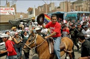 Con un estrecho margen, el ex militar Ollanta Humala llega a la presidencia del Perú en segunda vuelta.