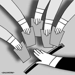 Los medios nacionales están llamados a dar cuenta de la agenda pública nacional y la forma cómo se debate en las regiones, para permitir una mirada más amplia del ciudadano que permita versiòn integral y holística de la realidad.