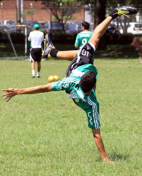 Foto: El Colombiano. Robinson Sáenz. Giovanni está volando...