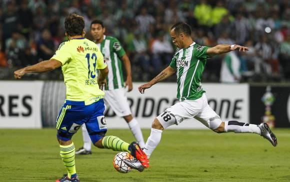 Alejandro Guerra se sigue consolidando como jugador determinante en el medio campo verdolaga. FOTO JAIME PÉREZ-EL COLOMBIANO.