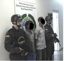 Los capturados que se hacían pasar por águilas negras.