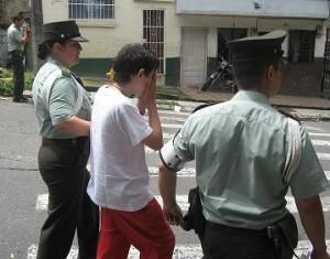El adolescente detenido por el porte ilegal de arma de fuego.