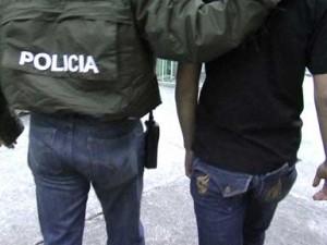 El adolescente conducido por la Policía.
