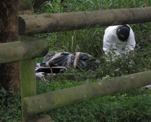 El cuerpo de Elizabeth fue hallado en zona boscosa, junto a una quebrada en la Loma de Los Bernal.