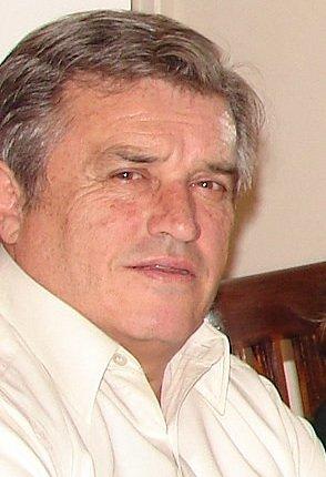 Él era Gilbert Joseph-Pierre Vial Guerrero, de 60 años.