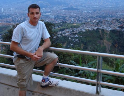 Él era Stephane Tison, de 36 años, asesinado en Bello.