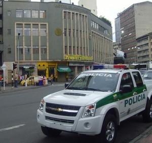 El hotel El Continental, frente al cual fue asesinado su propietario.