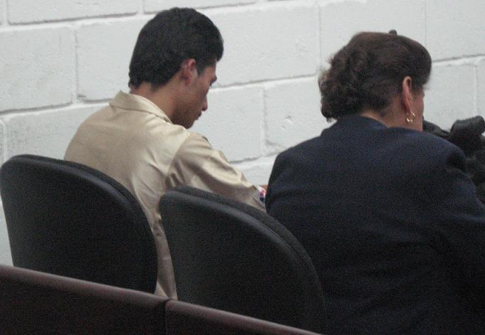Con el actual sistema penal, victimarios y testigos se ven las caras en el juicio.