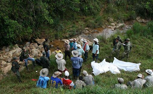 Esta es la quedraba El Bosque, en la cual se produjo el quíntuple homicidio. Foto de Manuel Saldarriaga.