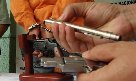 El lapicero incautado en Playa Rica, Bello, es marca Smith and Wesson, de calibremarca Smith & Wesson, calibre 635.