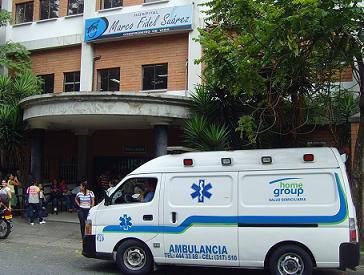 Al hospital Marco Fidel Suárez de Bello, fueron llevados el universitario agresor y su mamá herida.