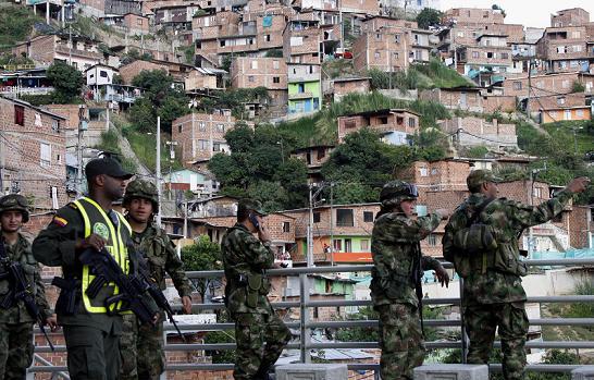 En la Comuna 13 hay cuatro pequeñas bases de la Cuarta Brigada, ubicadas en casas adaptadas. No son suficientes para contener a los criminales.