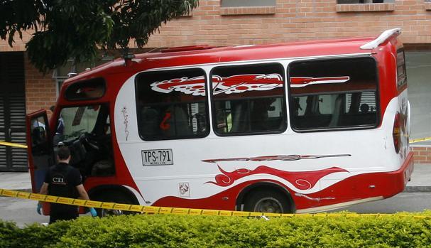 En esta buseta fue asesinado el conductor Juvenal Arango.