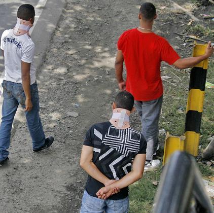 Estos son los tres policías investigados. Esta semana tendrán audiencia disciplinaria. Foto de Wálter Arias.