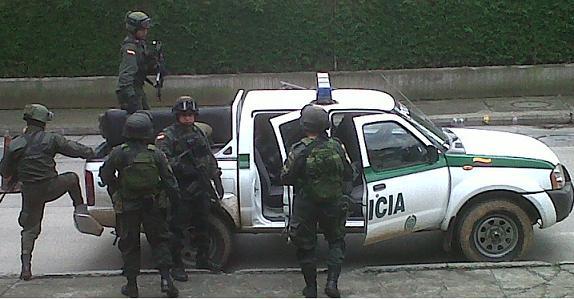 Tras la captura en Rionegro, 'Guayabo' fue reseñado en la sede de la Sijín en Medellín.