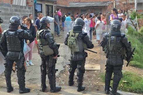 El Escuadrón Antimotines acordonó algunos lugares para evitar asonadas. Cortesía Policía.