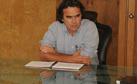 Sergio Fajardo dijo que esta era la primera amenaza seria contra su vida. Foto cortesía de la Gobernación.