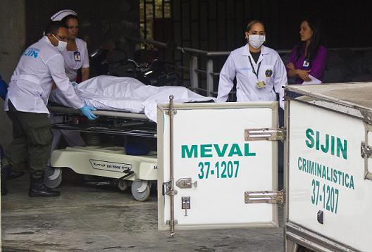 La niña falleció en la clínica El Rosario de El Poblado, luego de seis días de agonía. Foto de Esteban Vanegas.