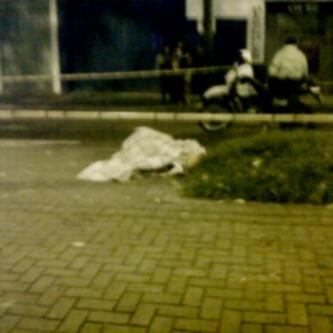 Así encontraron a la nueva víctima de la violencia en el Centro, a pocas cuadras de la Plaza Minorista. Foto de cortesía.