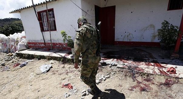 En el corredor de la entrada de la finca fueron fusilados los campesinos. Foto de Manuel Saldarriaga.