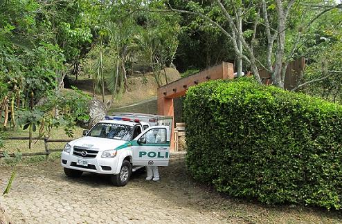Entrada a la parcelación de Barbosa, donde ocurrió la matanza. Foto de Guillermo Benavides.