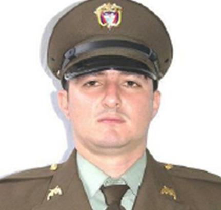 """El patrullero asesinado era reconocido en su gremio por """"pelear de frente"""" contra los combos de la comuna 8. Foto de cortesía."""