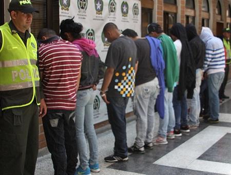 """Estos son algunos de los capturados en la """"Operación Mercurio"""". Cortesía de la Policía Metropolitana."""
