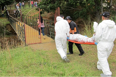 Así finalizó la inspección judicial de la escena del crimen en el municipio de Bello. Foto de Guillermo Benavidez.