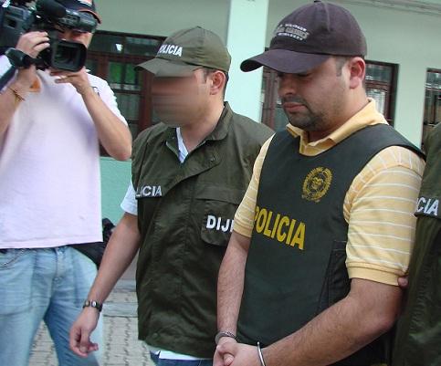 """Cuando """"Cesarín"""" fue capturado en 2009 en el municipio de Giraldo (Antioquia), andaba con el secretario privado del comandante de la Policía Metropolitana de entonces, el general Dagoberto García. Cortesía."""