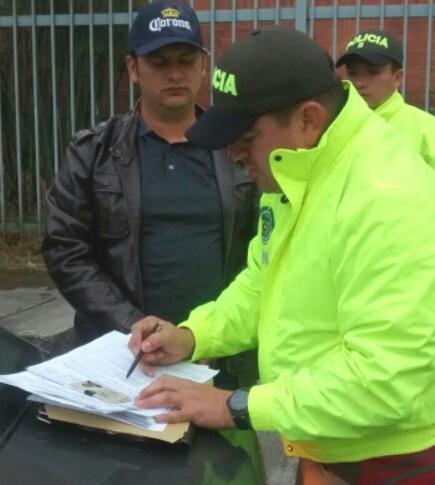 """""""Barny"""" fue detenido cuando caminaba solo y desarmado por una calle de Bogotá. Cortesía Policía."""